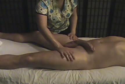 Tolle Massage mit einem großen Finale
