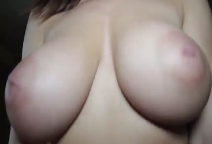 Natürliche große Titten