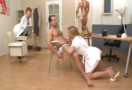 Diese Krankenschwester ist eine Nutte