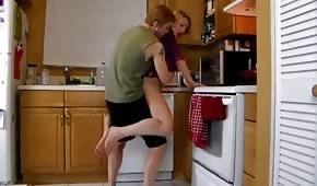 Ein Quickie für ein Küchenregal