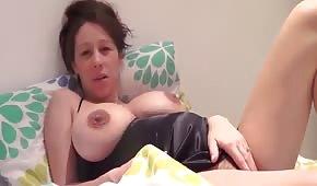 Große Brüste von schwangeren Niuni