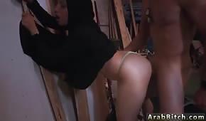 Arabischer Sex auf einem Gestell